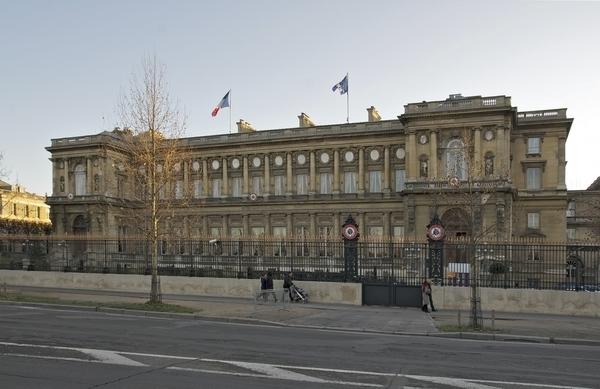 フランス外務省.jpg